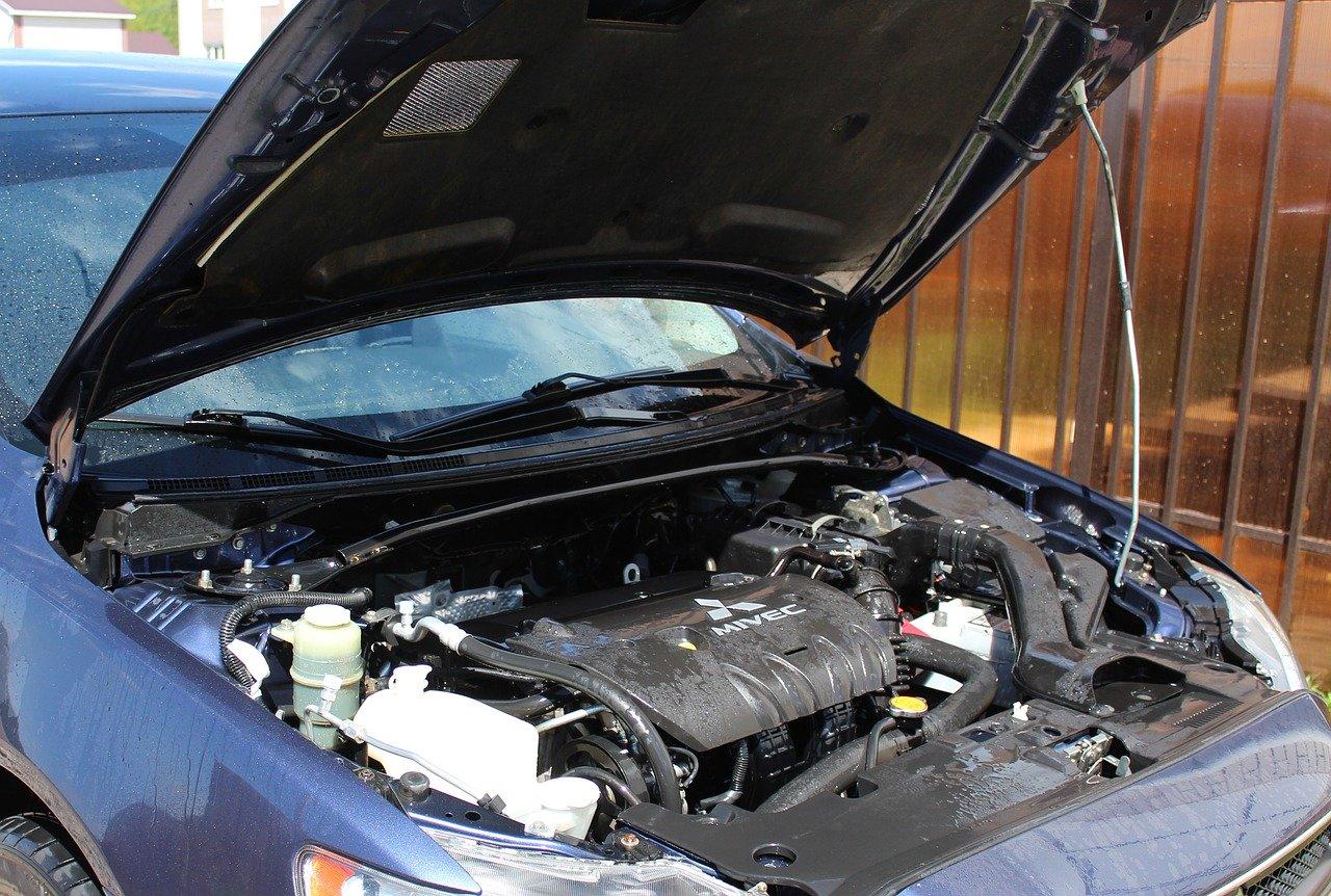 車 の エンジン が かからない 【症状別】車のエンジンがかからない時の原因と8つの対処法